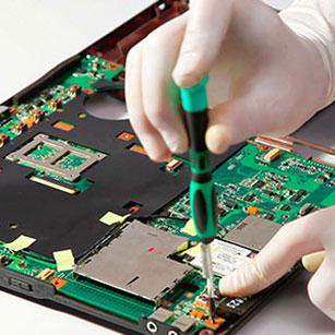 Επισκευές laptop μεντεσέδες ssd οθόνες